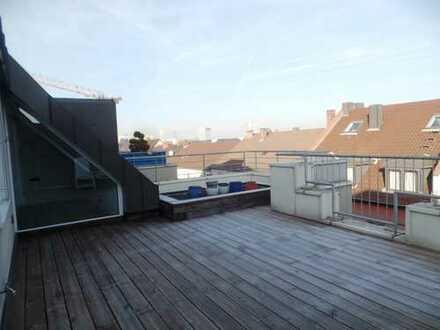 --Mitten im Herzen Mannheims--Penthouse mit 2 Sonnenterrassen und 2 TG-Stellplätzten..