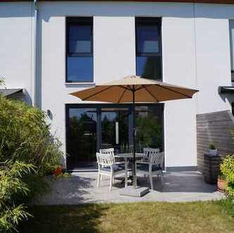 Familienfreundliches Haus mit vier Zimmern, Terrasse und Garten in Fürth