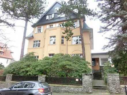 *Luxus in Schönau.....gehobene Ausstattung mit toller Raumaufteilung im Dach einer Stadtvilla*