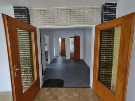 Sonnige 1-Zimmer-Wohnung mit Balkon in Walluf