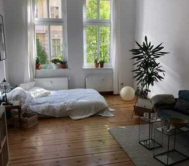 Bild_Schöne, helle Altbau-Wohnung mit Balkon in Lichtenberg, Berlin