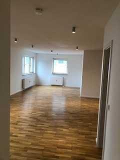 3 Zimmer Luxuswohnung nach Komplettsanierung Frankfurt-Enkheim Nähe ÖPNV, Einzug nach Vereinbarung