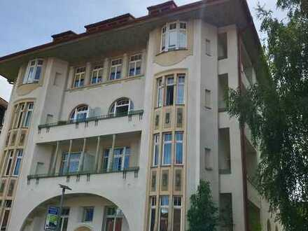 Sanierte 4-Zimmer-Jugendstilwohnung im Zentrum von Bad Kissingen