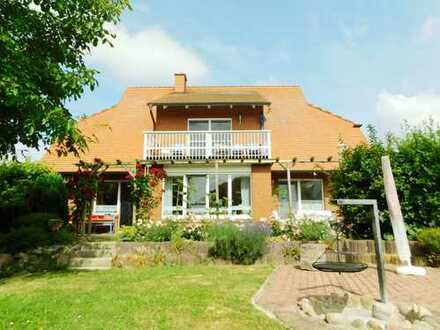 Dr. Lehner Immobilien NB -  Extravagantes Einfamilienhaus mit Flair