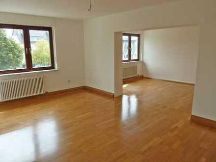 4897 - Attraktive 4-Zimmer-Wohnung mit Loggia in Rheinstetten-Forchheim!