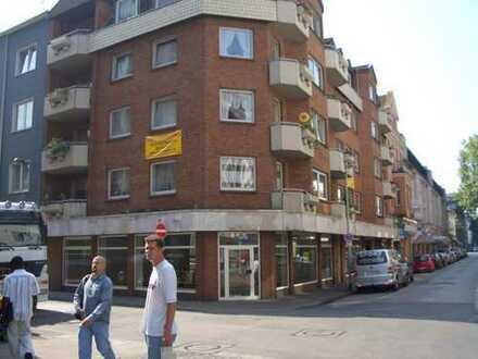 Seniorenwohnungen mit Aufzug gegenüber Einkaufszentrum Forum Duisburg