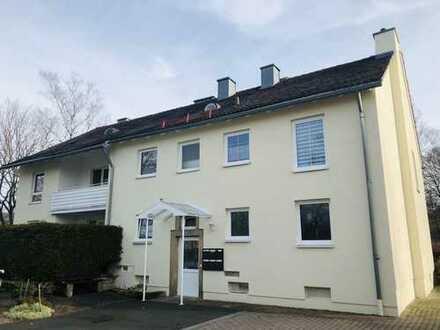 Erstbezug nach Sanierung ! Große 5-Zimmer mit Balkon, Abstellkammer & Gäste-WC !
