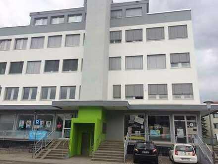 Eppelheim: lichtdurchflutete Praxis/Büroetage mit großer Dachterrasse, nutzbar auch als Tagescafé