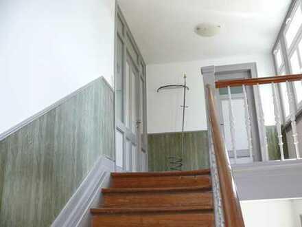 Gepflegte 4-Zimmer-Dachgeschosswohnung mit Einbauküche in Rottweil