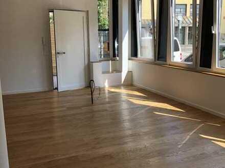 Erstbezug nach Sanierung mit Terrasse: attraktive 3-Zimmer-Erdgeschosswohnung in Stuttgart