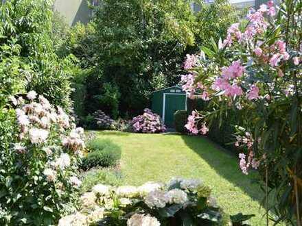 Zentral und ruhig! 3 Zimmer, ca. 115m² mit Garten im alleinigen Sondernutzungsrecht