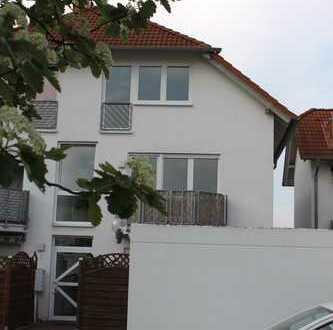Erstbezug nach Sanierung: stilvolle 4-Zimmer-Maisonette-Wohnung mit Balkon in Büttelborn