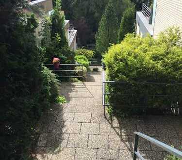 *Wohnen am Naturschutzgebiet Gelpetal* Zum Verlieben! 4 Zimmerwohnung mit großer Terrasse!