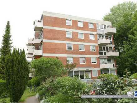 Lübeck St. Gertrud: Vermietete 2 2/2 Zimmer Wohnung mit Balkon auf 88 m²