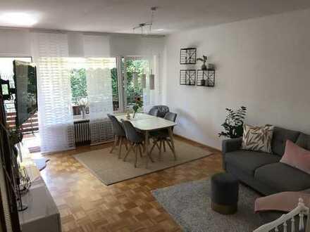 Schöne 3-Zi. Wohnung, ruhig, mit sonnigem Süd-Balkon im 4-Parteien Wohnhaus in Grosshadern (U6)