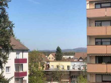 Frisch renovierte 3-Zimmer Wohnung !!! Lauf (Links)