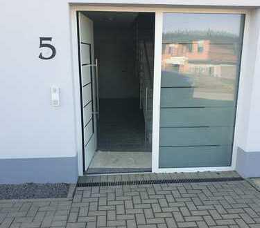 Erstbezug: Ansprechende 3-Zimmer-Wohnung mit Einbauküche und Balkon in Bad Münstereifel- Kirspenich