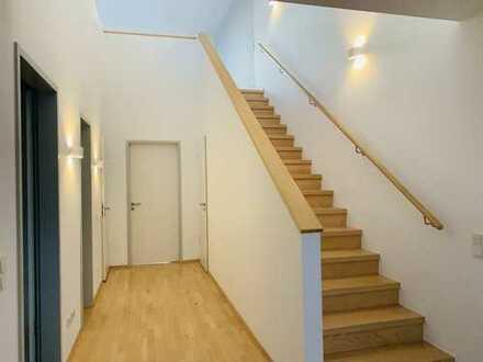Dachgeschoss über Leipzig - 2 Balkone - EBK - 3 Zimmer