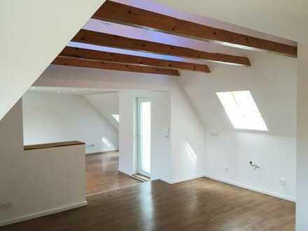 Kernsanierte Dachgeschosswohnung für Individualisten in Achim-Baden