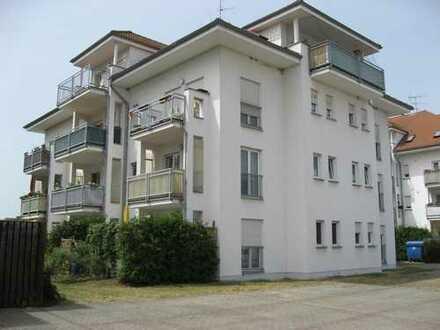 Helle 2-Raum-Wohnung mit Dachterrasse