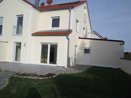 Schönes, geräumiges Haus mit vier Zimmer in bester Lage