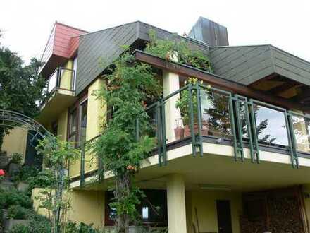 Elegantes solides Haus mit 10 - Zimmern in Holzgerlingen (Kreis Böblingen)