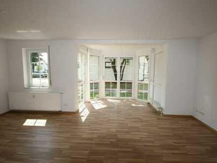 Sehr schöne sonnige 2-Zimmerwohnung im EG zu vermieten!