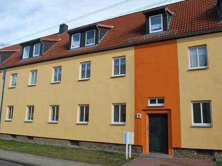 4-Zimmer Erdgeschoss Wohnung / modernisiert und provisionsfrei