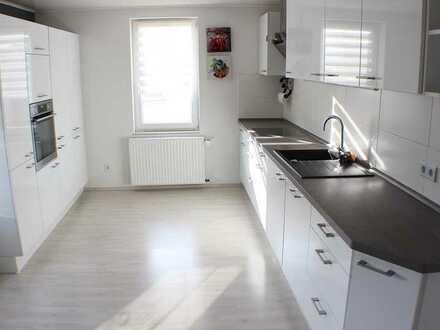 ***Exclusive Maisonette-Wohnung inkl. hochwertiger EBK***