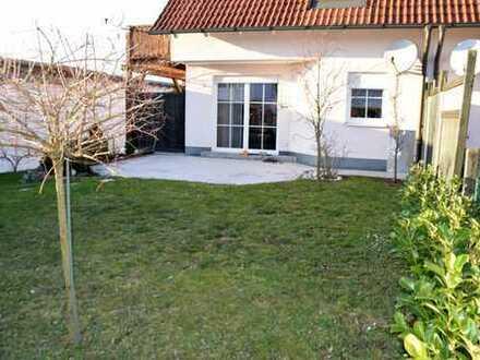 Kuschelige Wohnung mit tollem Garten