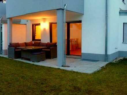 Stilvolle, neuwertige 3-Zimmer-EG-Wohnung mit Garten in Ingolstadt