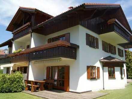 In Golfplatznähe - Hochwertige möblierte 3 - Zi.- Wohnung mit tollem Blick nahe Oberstaufen