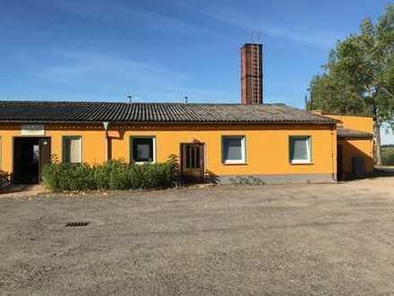 Gewerbeobjekt mit großem Grundstück in Lengenfeld/Waldkirchen