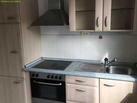 3-Zimmer-Wohnung mit Einbauküche und Stellplatz zu vermieten!