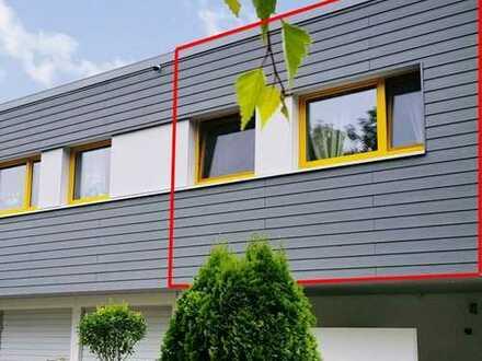 Moderne 3 Zimmer Eigentumswohnung mit Terrasse im sanierten Gebäude