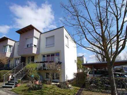Komfortables 5-Zimmer-Reihenendhaus mit Gartenterrasse in Scharnhauser Park, Ostfildern