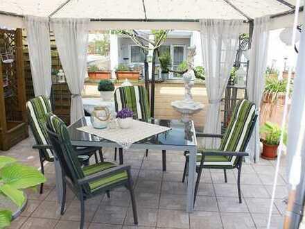 Kandel: voll unterkellertes EFH mit schöner Terrasse und Innenhof