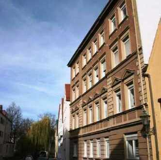 Top sanierte Altbauwohnung mitten in der Altstadt