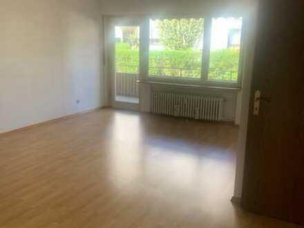 Gepflegte 3-Zimmer-Wohnung mit Balkon und EBK in Wendlingen