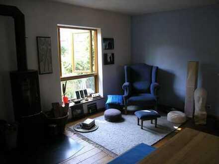 Maisonettewohnung, 2 Zimmer, Küche, Bad in Lu-Mundenheim, Altriperstraße