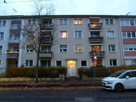 4-Zimmer-Wohnung (wegen großer Nachfrage kann Ihre Anfrage derzeit nicht bearbeitet werden!)