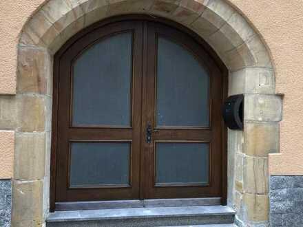 Erstbezug: ansprechende 3,5-Zimmer-Erdgeschosswohnung mit Balkon in Amberg