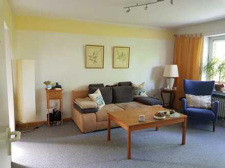 Papenburg-Obenende: gepflegte 3-Zimmer-Wohnung mit Balkon