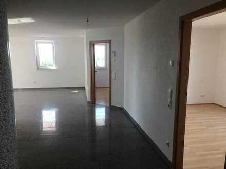Schöne vier Zimmer Wohnung in Esslingen (Kreis), Ostfildern