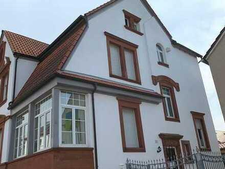Top Wohnhaus mit 3 Einheiten (Schlössel!) in zentraler Lage von Herxheim