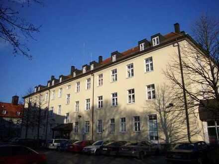 Dachgeschosswohnung mit viel Platz in Audinähe
