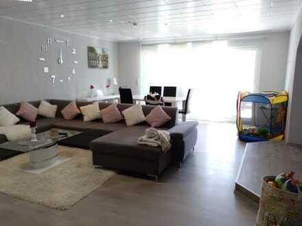 Schöne 4,5-Zimmer-EG-Wohnung mit Balkon in Schaafheim
