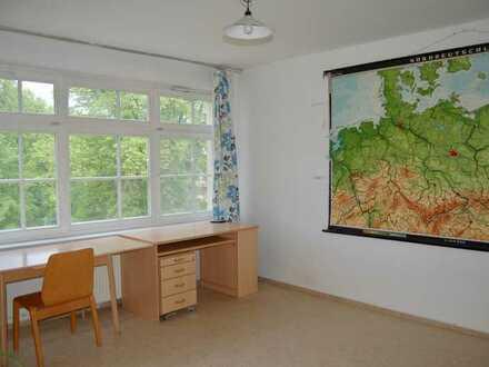 Wohnheimszimmer im wunderschönen Park Babelsberg