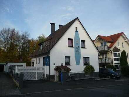 Direkt vom Eigentümer. Schönes, geräumiges Haus mit fünf Zimmern in Aschaffenburg (Kreis), Hösbach