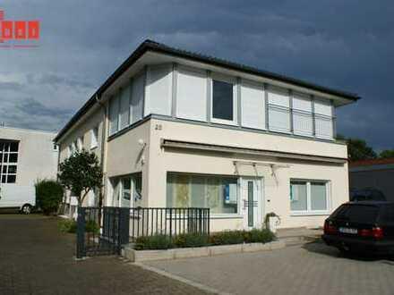... IN 1.REIHE AM PÜTZCHENS MARKT!  78 m² im EG / Rollstuhlgerecht / 44 m² Terrasse